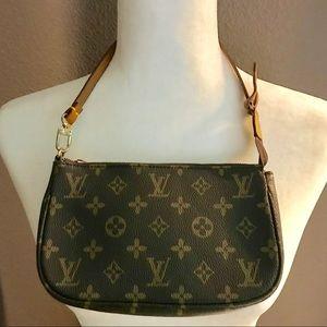 Louis Vuitton Pouchette small bag.